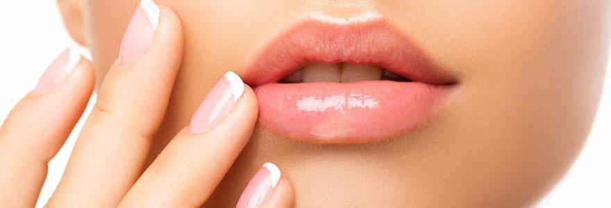 Baumes à lèvres et crèmes